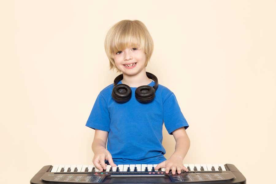 leçon de piano pour enfant à lyon